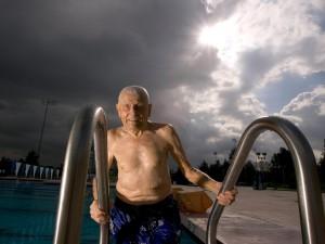 Morador da zona azul de Loma Linda, na Califórnia. Exemplo de vida saudável. Foto: National Geographic